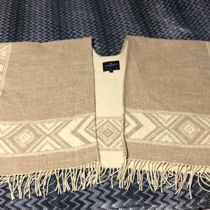 American Eagle Shawl Poncho Light Brown With Fringe